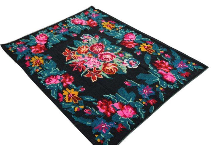 kelim 221cm x 165cm uit Moldavië | Rozenkelim.nl – Groot assortiment Kelim tapijten | Rozenkelim.nl - Groot assortiment kelim tapijten