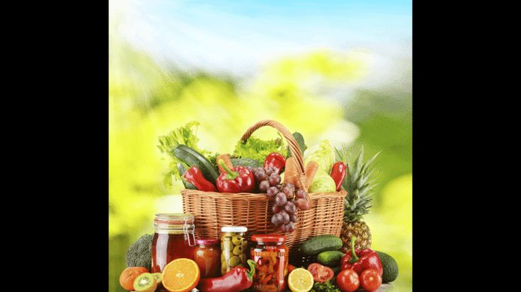 """Kreta-Diät.Die Insel Kreta verzeichnet die niedrigste Herzinfarktrate in ganz Europa. Die sogenannte """"Kreta-Diät"""" enthält Lebensmittel, wie sie vor allem im Mittelmeerraum genossen werden: viel Obst, frischen Salat und Gemüse sowie viel Fisch und Käse, aber weniger Fleisch und Wurst. Gewürzt wird eher mit Kräutern als mit Salz. Die Mahlzeiten sollten nicht zu groß sein und in ruhiger Atmosphäre eingenommen werden, auch eine Siesta nach dem Essen ist sinnvoll. Olivenöl zählt es zu den…"""
