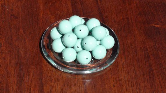10 pieces 20mm mint green chunky beads/mint green beads/gumball beads
