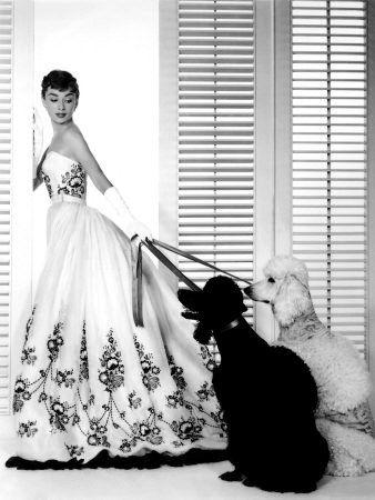 Audrey Hepburn in Sabrina - Givenchy 1954