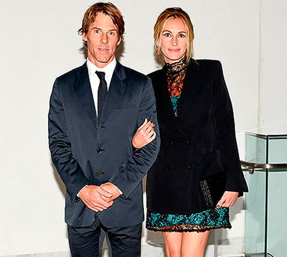 Джулия Робертс разводится с мужем и переезжает в Малибу #ДжулияРобертс #ДенниМодер #звезды #знаменитости #новости