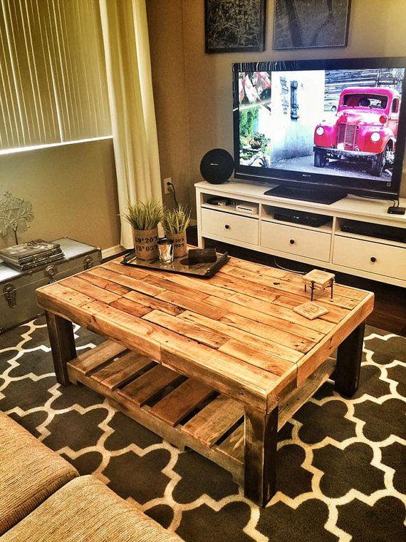 Best 25+ Pallet coffee tables ideas on Pinterest