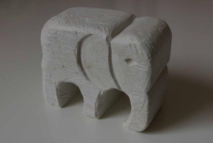soap-stone-elephant.jpg 1,944×1,304 pixels