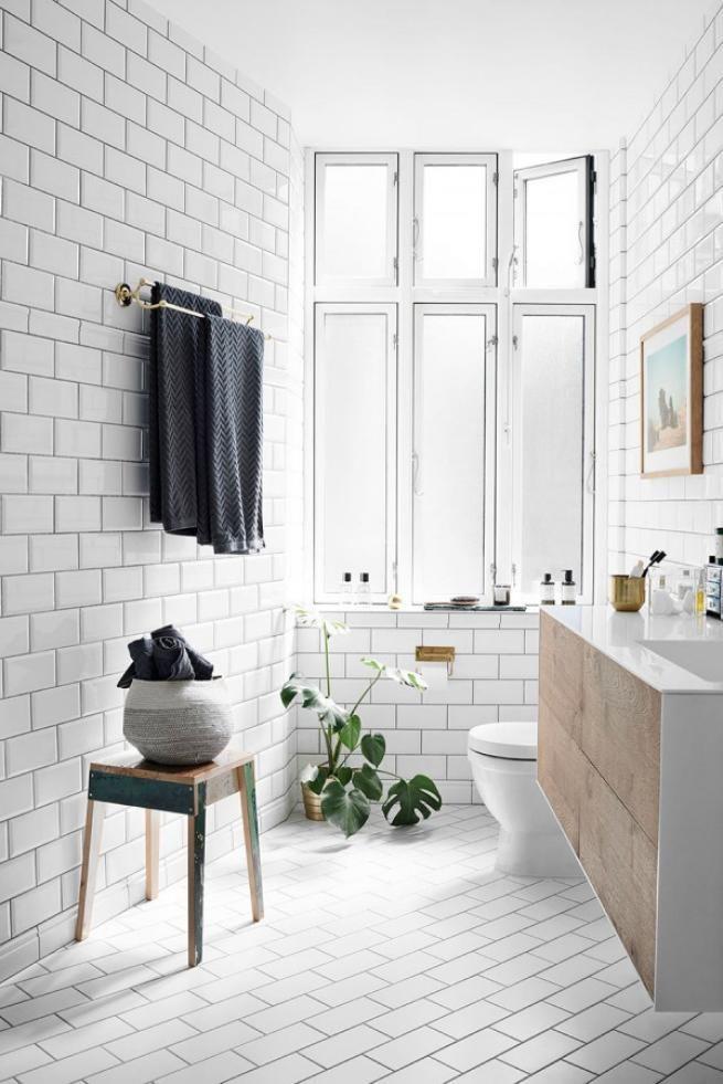 Easy Steps Creating Monochrome Scandinavian Bathrooms