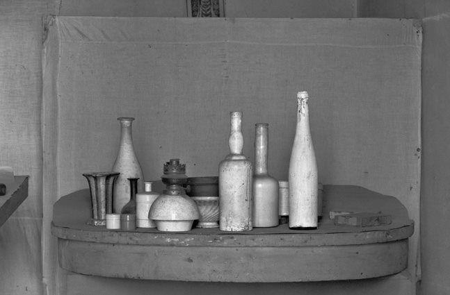 Gianni Berengo Gardin - Morandi's Studio
