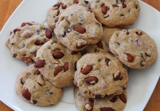 Almond Carob Chip Cookies