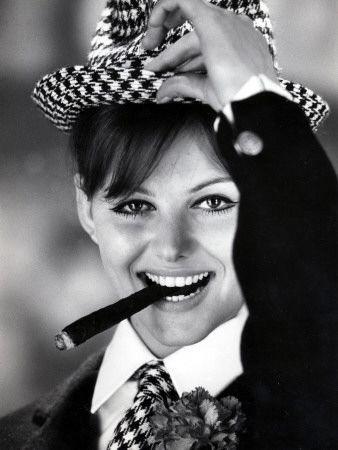 Claudia Cardinale smoking