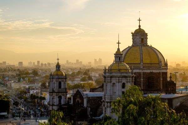 Just like Milan, Mexico City also honours its patron saint in December. On the 12th of the month, mi... - martinm303/123RF