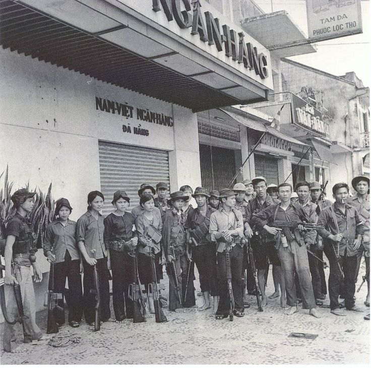 VC fighters in Da Nang with M-16s and AK-47s