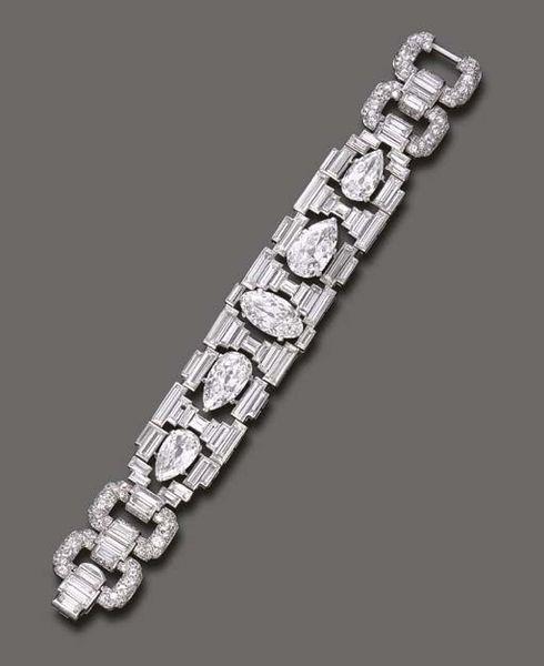 Art Deco diamond bracelet, by Cartier. Circa 1927
