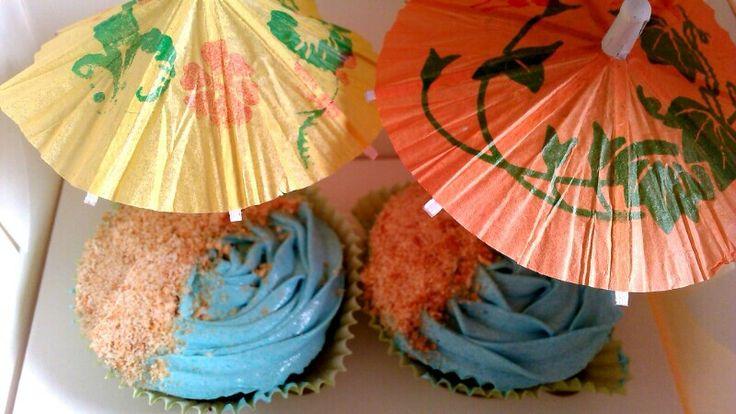 Beach Theme Cupcakes  #cupcakes #buttercream #frosting #ZuckerAmor