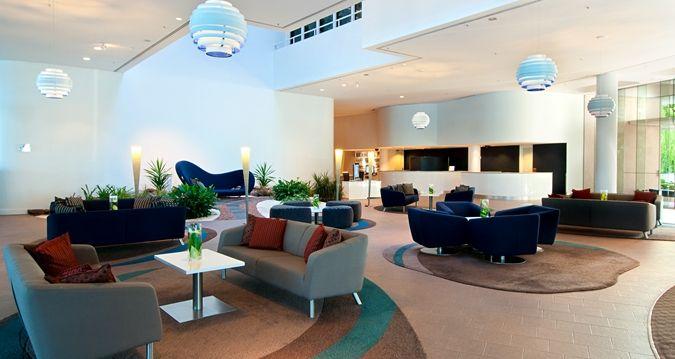 Hilton Cairns - lobby