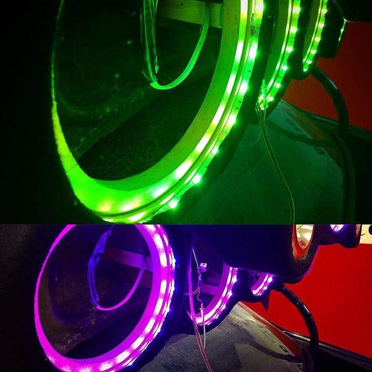 Prueba de #color #led para #caraudio todo debe de estar perfecto para el #show. #tuning #car #racing #canarias #auto #autos #laspalmas #cars #carro #leds #light #test #photo #photography #coche #coches #supercar #car #audio #shows #showtime #love #green #pink #purple #speaker #altavoz www.101racing.es
