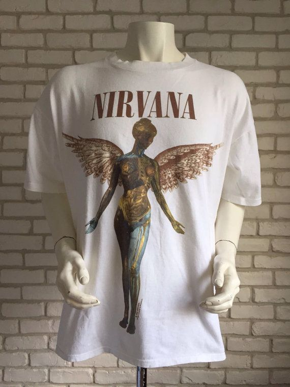 #vintage #nirvana #kurt #cobain #1994 #tshirt #shirt #gift #rockband https://www.etsy.com/fr/listing/465937412/chemise-t-xl-in-utero-de-nirvana-1993?ref=shop_home_active_3