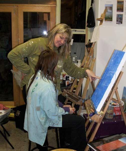 What is in your art kit?    #paintingclasses, #drawingclasses, #kidsart #adultartclasses #creative #kidsartclasses