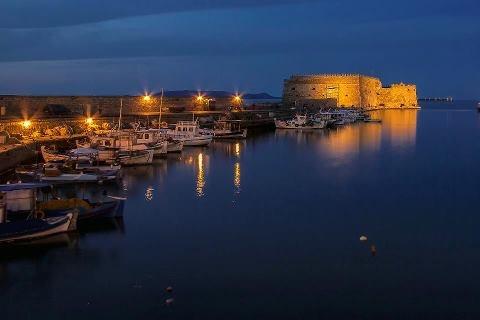 the port of heraklio crete