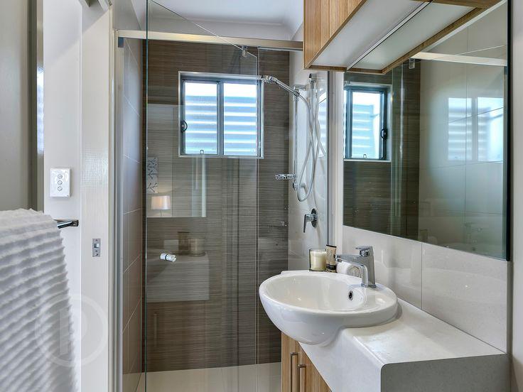 ALDERLEY, 1-7/10 Gardiner Street // Mario Sultana  #bathroom #bathroominspiration #homeinspiration #neutral #tiles #sink #home #homedecor #brisbane #queensland #realestate #inspiration #homedecorate #realestate #realtor #brisbanerealestate #decorator #interiordesign #modern #crisp #light #open #space