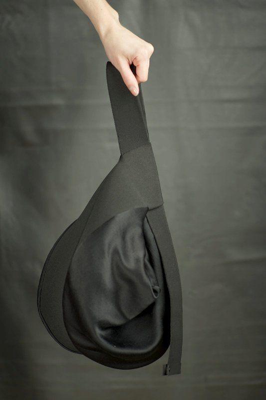 Black Pearl NEK BAG