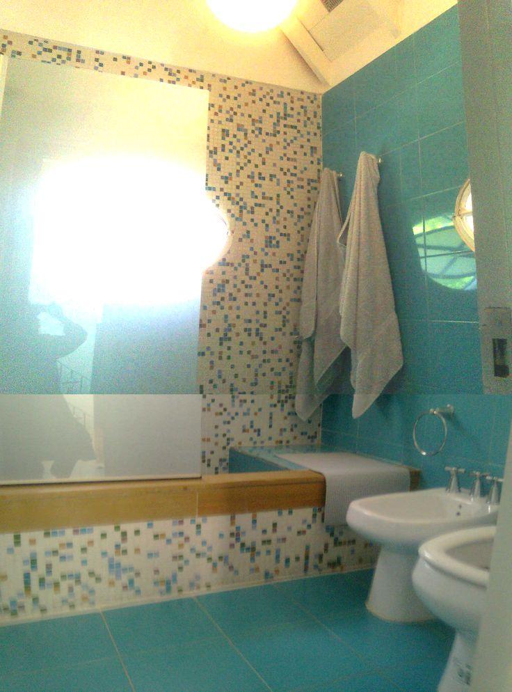 baños con venecitas rojas - Buscar con Google