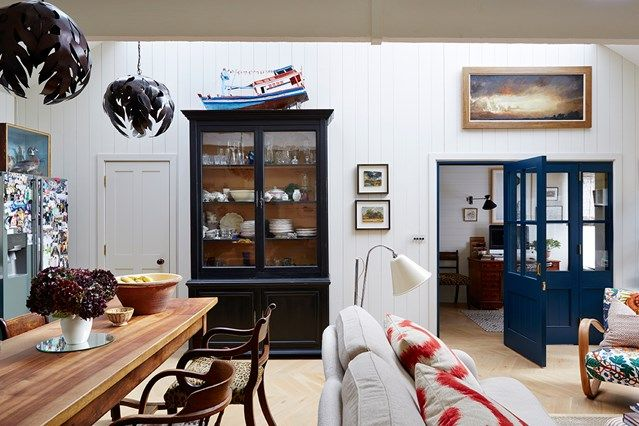 Open-Plan Living Space in real homes on HOUSE by House & Garden. Inside a Mews House in London: open-plan living made cosy in a tiny west London mews