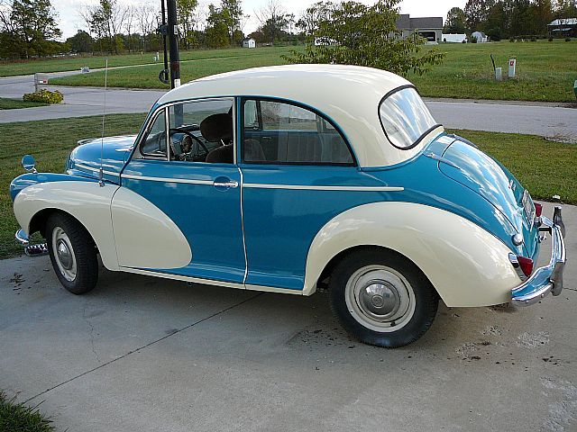 1960 Morris Minor - beautiful colouring!