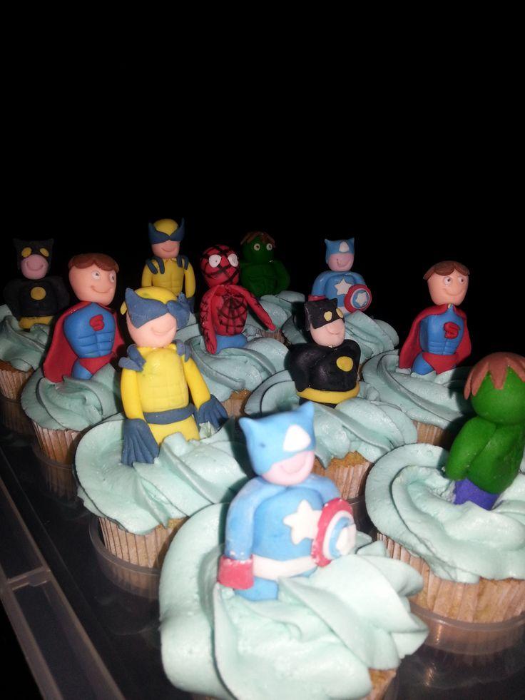 Super Hero's cupcakes