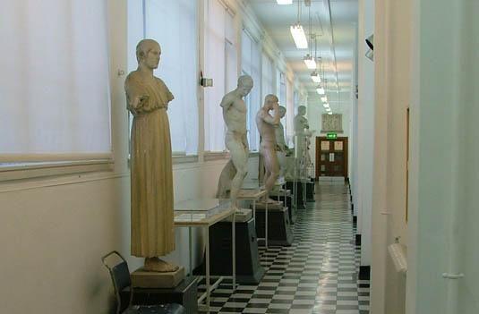 Fine Art Corridor University Of Dundee Duncan Jordanstone College Collection