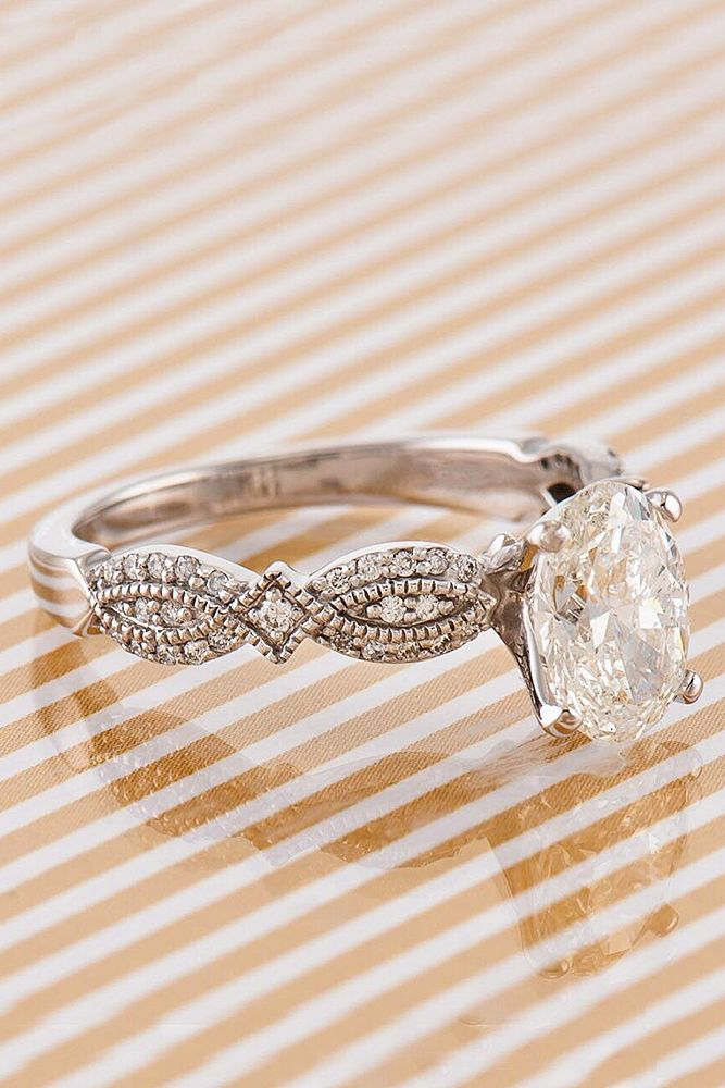 vintage oval cut gold engagement rings 2