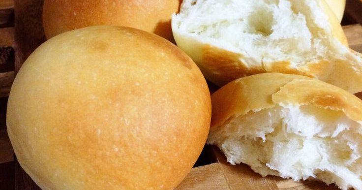 扱いやすい生地で初心者さんでも大丈夫♪手ごねで作る基本のパンです♡時間が経ってもふわふわのまま♡