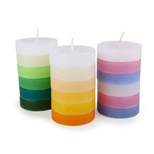 Paraffin candles consisting of several colourful slices. Made by Neo-Spiro.