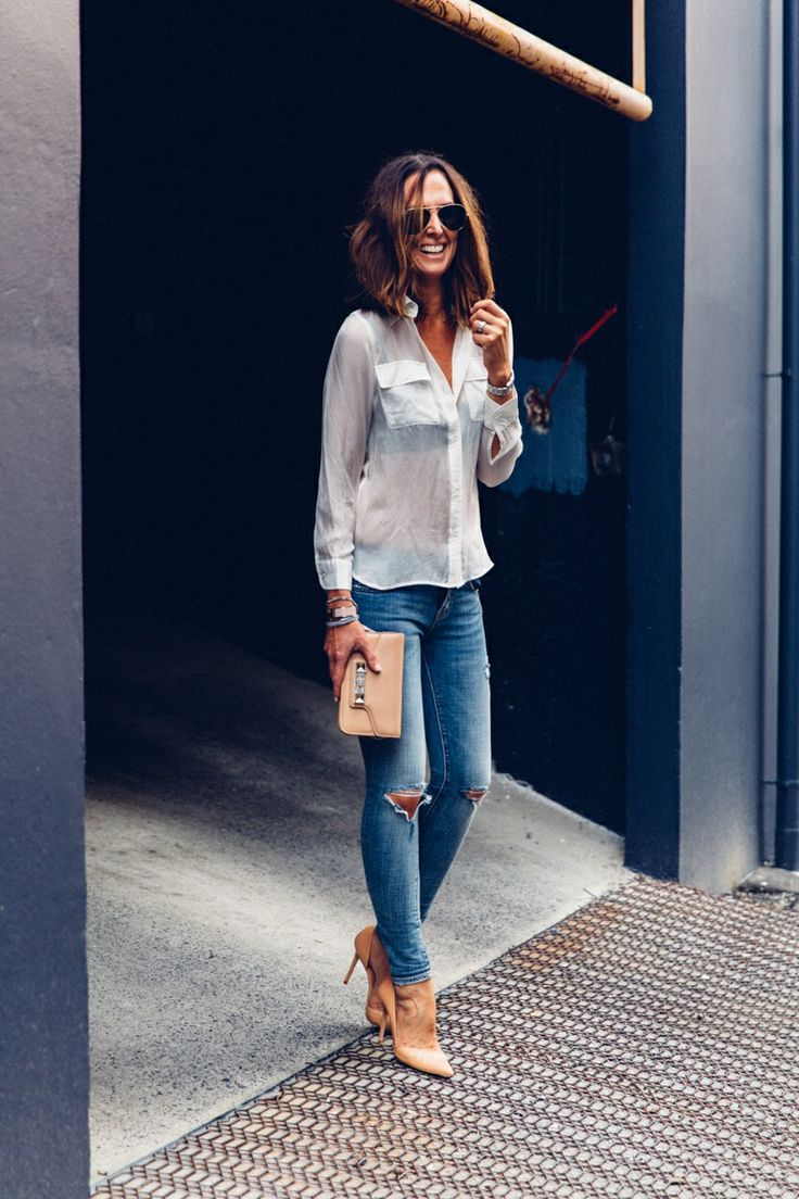 white blouse, jeans, nude heels