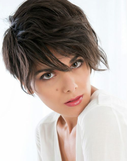 Short Hairstyle With Face Framing Tendrils Short Hair Amp Pixie Cuts Pinterest Short