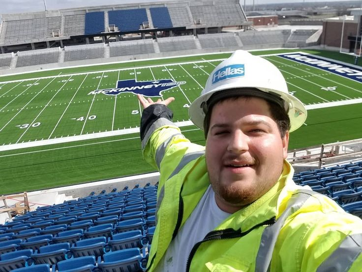 What a beautiful field another one  under the belt #astroturf #turf #artificialgrass #McKinney #field #football #footballfield #superbowl  #safety #construction #safetyfirst #hardhat #highvis #texas #dallas #anotherone #djkhaled