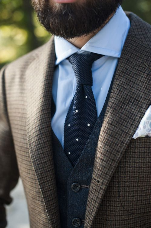 die besten 25 schwarzer anzug blaues hemd ideen auf pinterest dunkelblauer anzug schwarzer. Black Bedroom Furniture Sets. Home Design Ideas