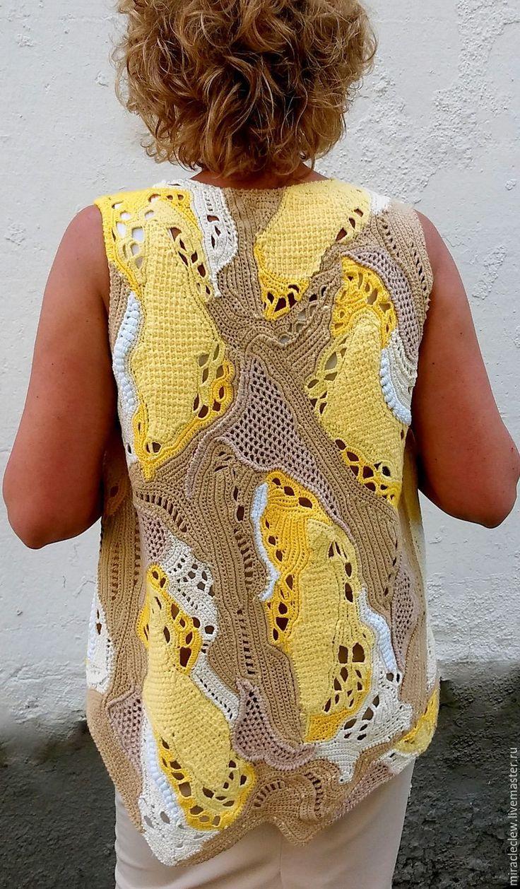 Купить Вязаный крючком жилет пэчворк, техника фриформ, стиль бохо - комбинированный, абстрактный, фриформ