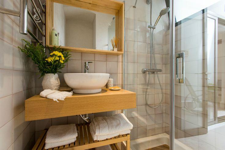 http://www.revistaad.es/decoracion/casas-ad/galerias/apartamento-centro-historico-sevilla-airbnb/8431/image/618436