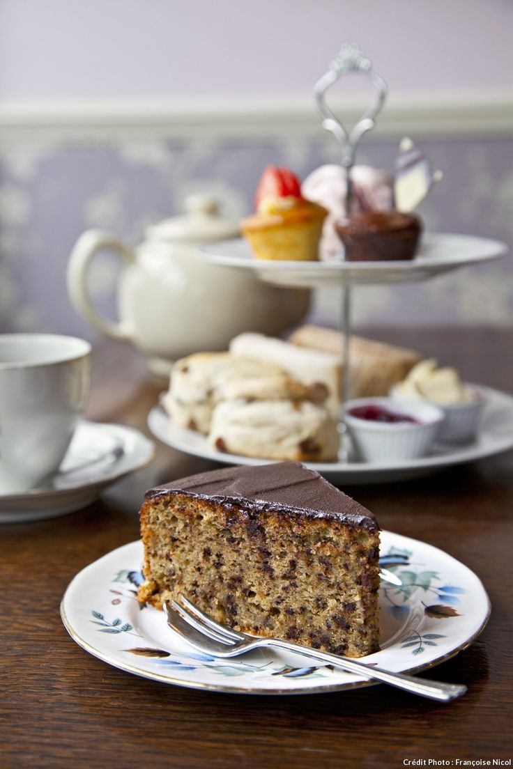 Un gâteau au chocolat sans gluten tout droit venu d'un salon de thé londonien.