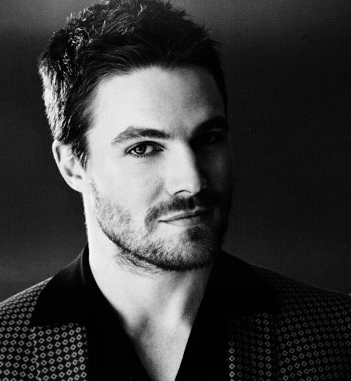 Stephen Amell❤                                                             arrow, oliver queen, black and white, sexy, hot, guy, man, boy