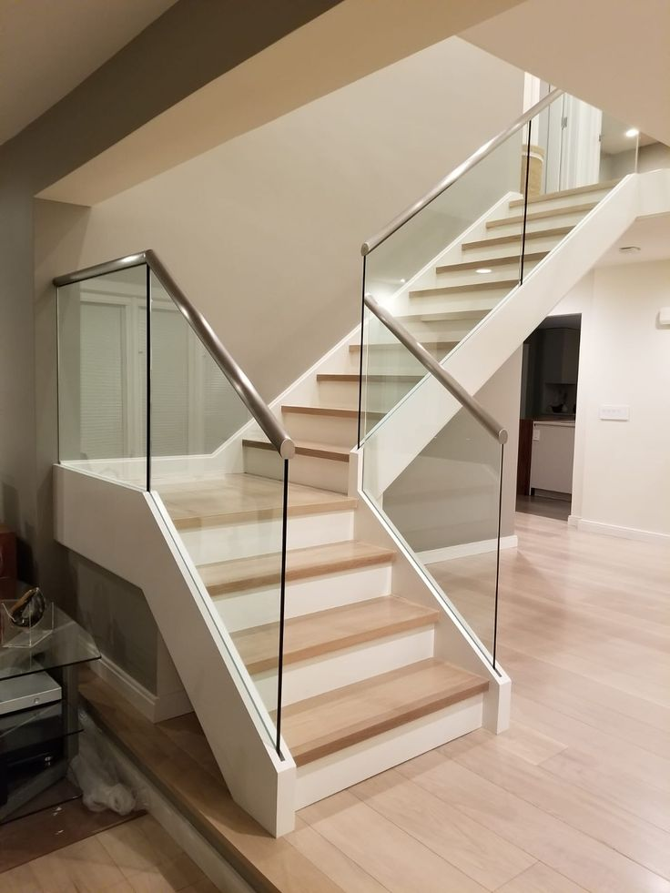 Best Frameless Glass Railing Systems By Crystalia Glass Stair 640 x 480