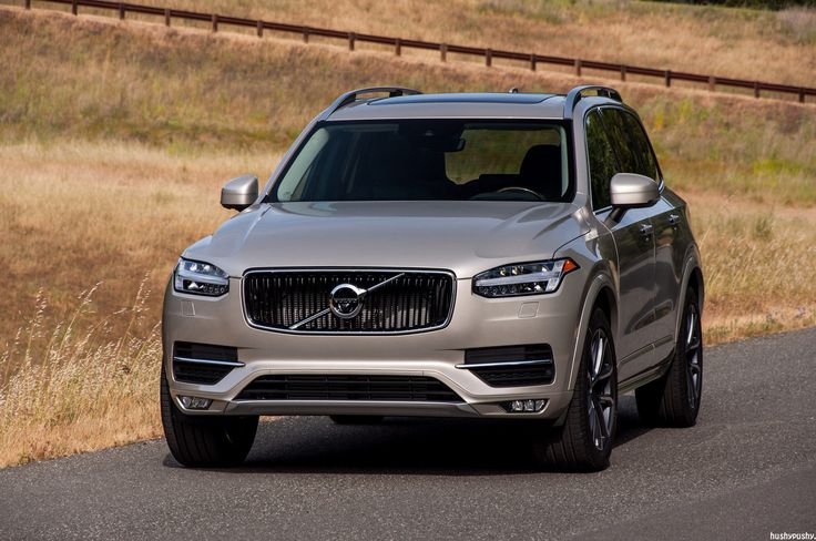 2016 Volvo XC90 in a warm field | by hushypushy
