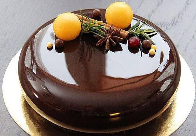 Торт, украшенный таким образом, будет иметь просто великолепный вид!