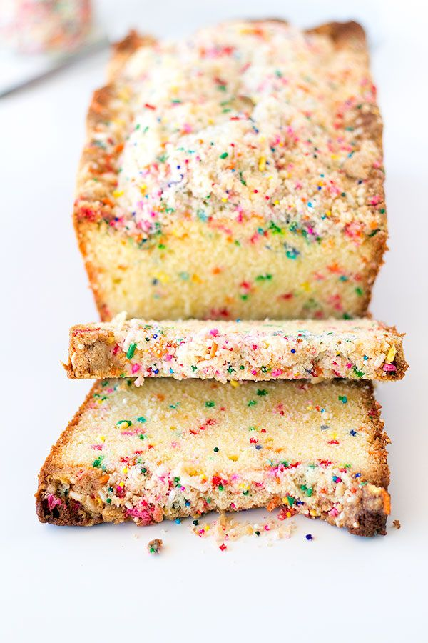 Birthday cake bread with crumb topping. #sprinkles #funfetti #birthday_cakes