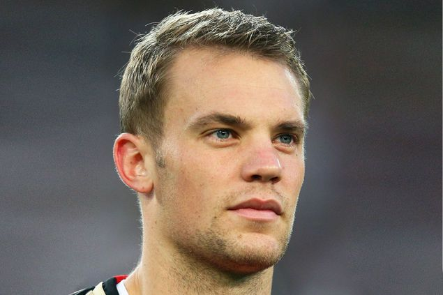 Manuel Neuer- those lips.....hmmm.