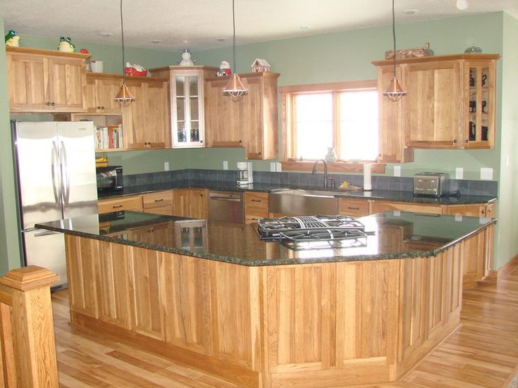 Best wall color with golden oak cabinets google search Kitchen colors with natural wood cabinets