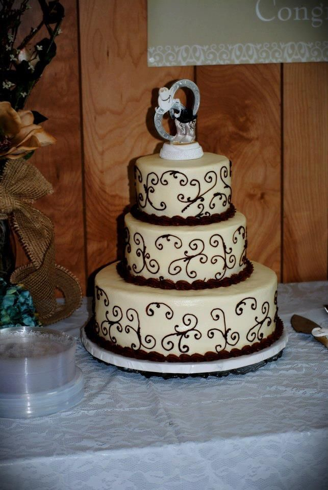 Brown and White wedding cake Western Style