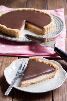 La #torta fredda con #mascarpone e #cioccolato è un #dolce senza #cottura facil…