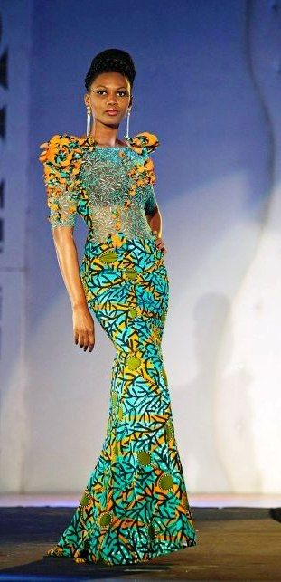 Gilles Touré! Un nom qui n'est plus à présenter dans le monde de la mode africaine. Ce styliste ivoirienne s'est forgé une solide réputation dans son pays la Côte d'Ivoire, dans la sous-région ouest-africaine et partout en Afrique. A l'heure où l'utilisation du pagne dans la mode se répand et se démocratise, Gilles a encore ...