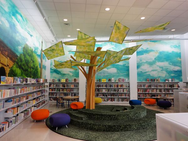 children's public library | the tree in the children's room at the Highbridge Public Library ...