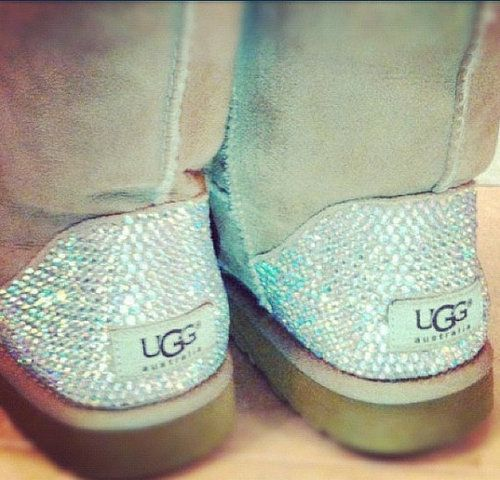 #UGG discount site. Some less than $99 OMG! Holy cow, I m gonna love this site!