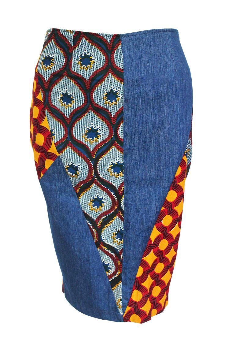 Jupe crayon, empiècements géométriques et asymétriques de wax assortis et de jean. 100% Coton